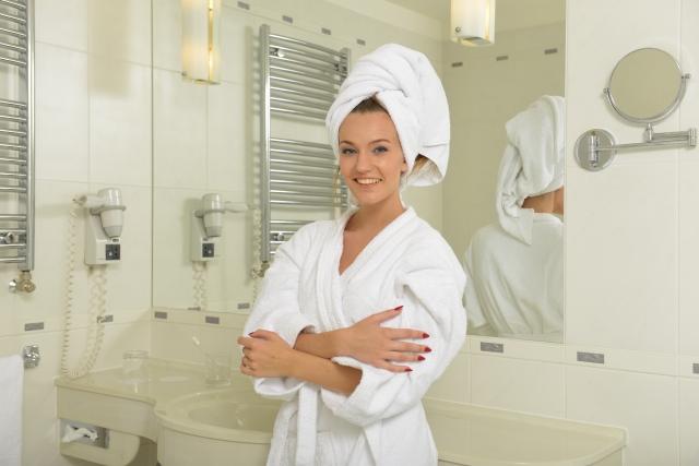吸水ヘアターバンは「カラリモア」がおすすめ!水滴ゼロでお風呂が超快適☆