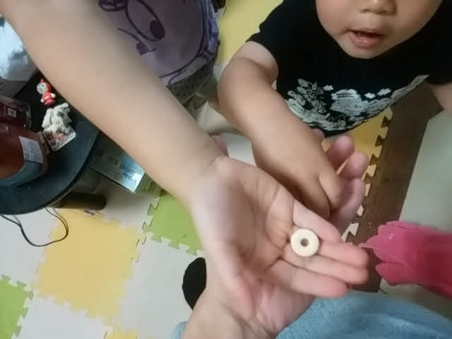 mogキッズサプリを子供が食べる